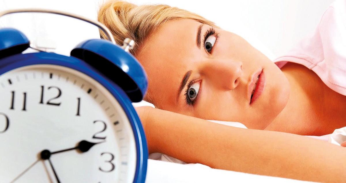 Dormi male? Scopri qui qual è il Nemico n°1 del tuo sonno (NO, il materasso non c'entra!)